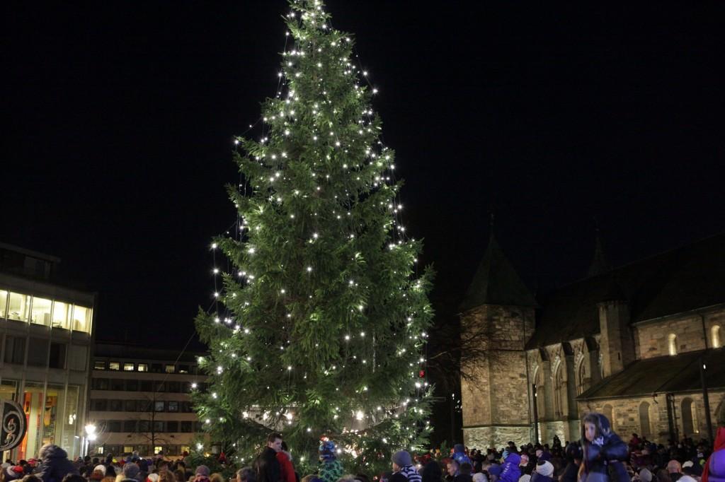 Christmas tree Lighting – Domkirkeplassen in Stavanger 09