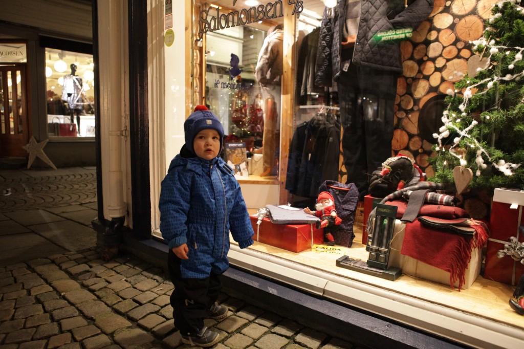 Stavanger City Center - Christmas lights on 02
