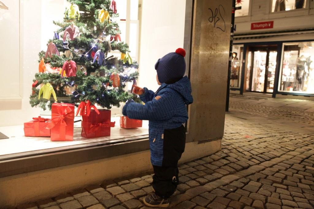 Stavanger City Center - Christmas lights on 03