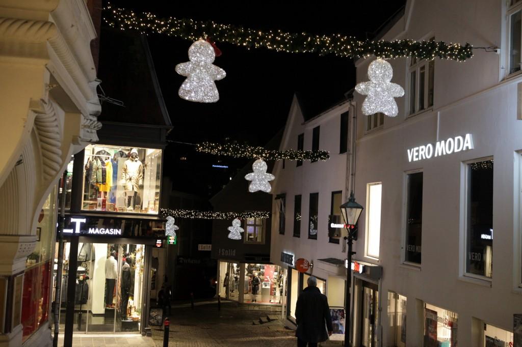 Stavanger City Center - Christmas lights on 18