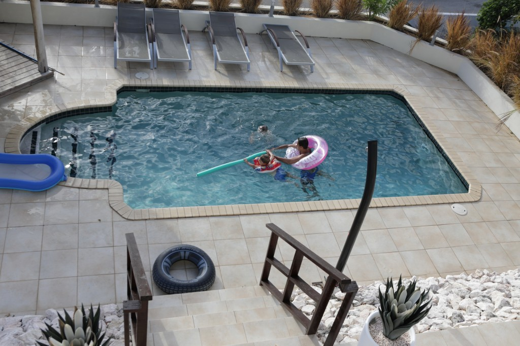 006 135 Pool_resize