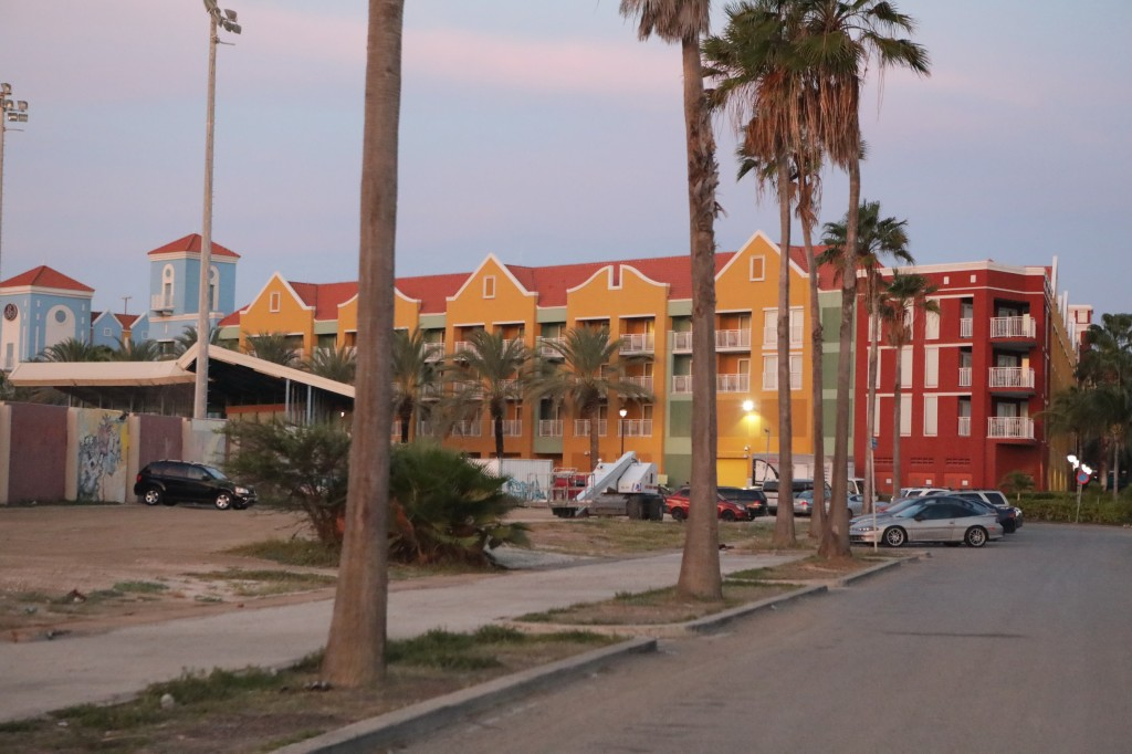 018 273 Isla and Willemstad_resize