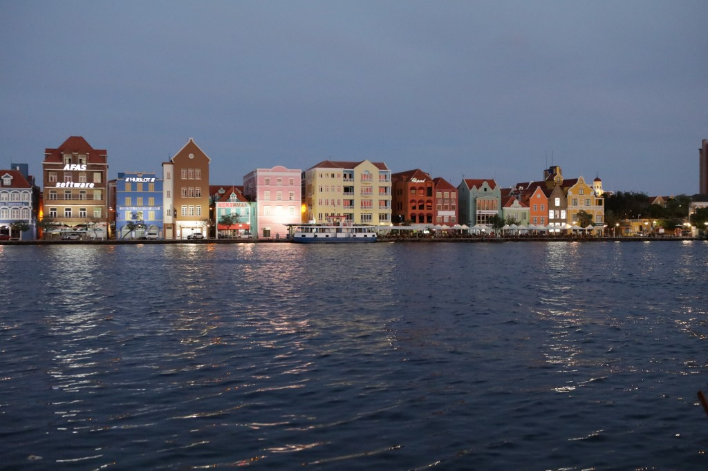 019 274 Isla and Willemstad_resize