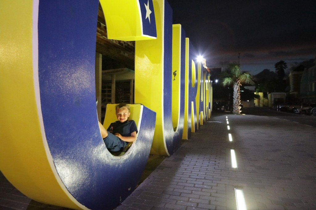 027 283 Isla and Willemstad_resize